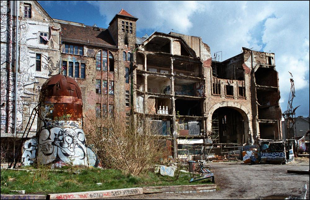 """ Kunsthaus Tacheles "" ( 3 )"