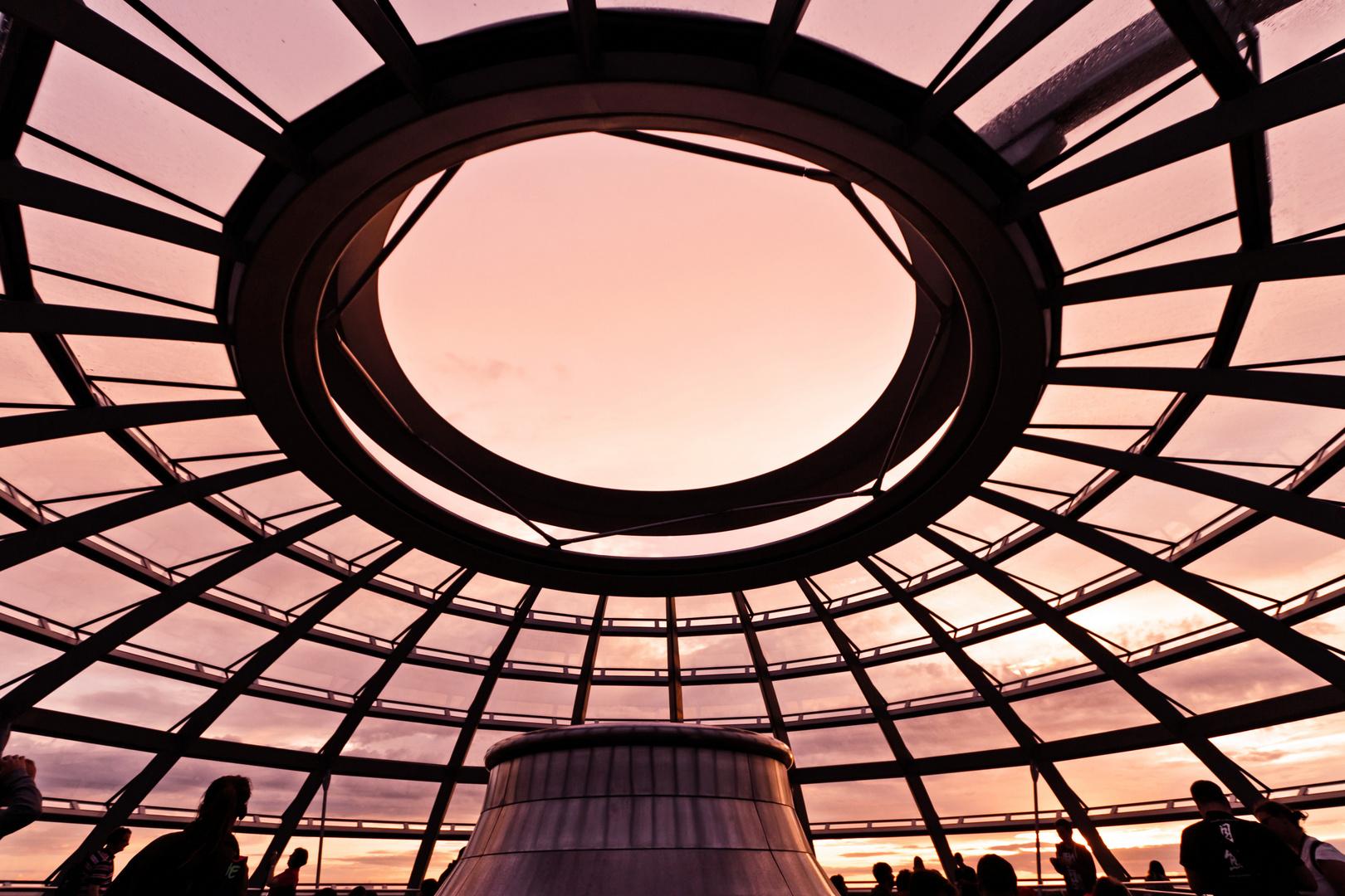 Kuppel bei Sonnenuntergang