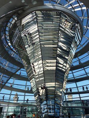Kuppel des Reichstags von innen
