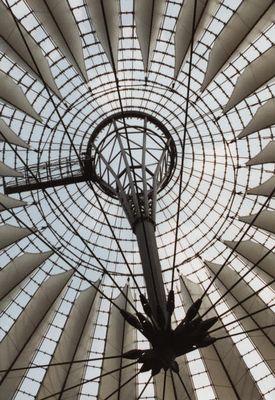 Kuppel des Sony-Center am Potsdamer Platz