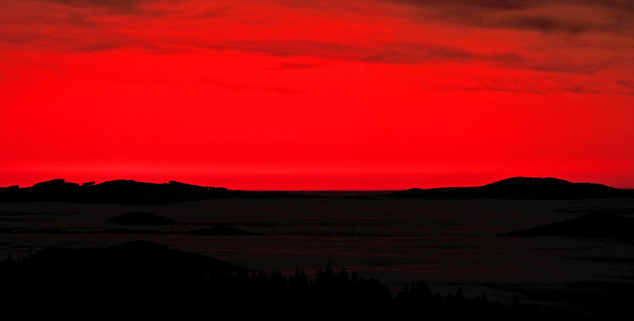 Kurz vor dem Sonnenaufgang auf dem Lusen