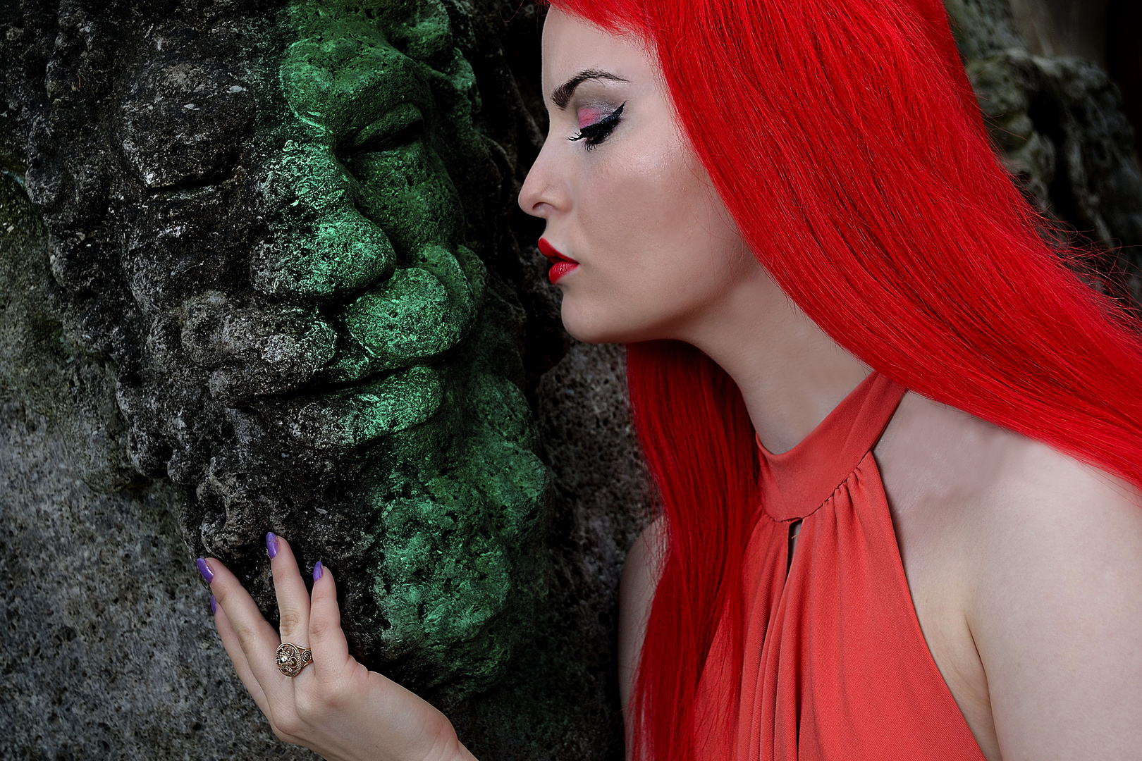 Kuss in rot-grün