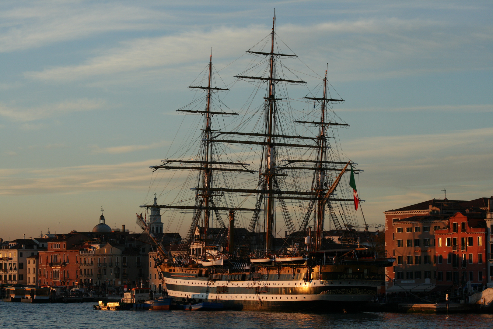 L 'Amerigo Vespucci a Venise