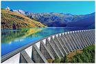 l eau emPRISONnée par le  barrage....