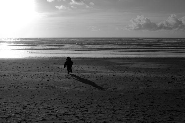 L' hiver à la plage, on court après le soleil.
