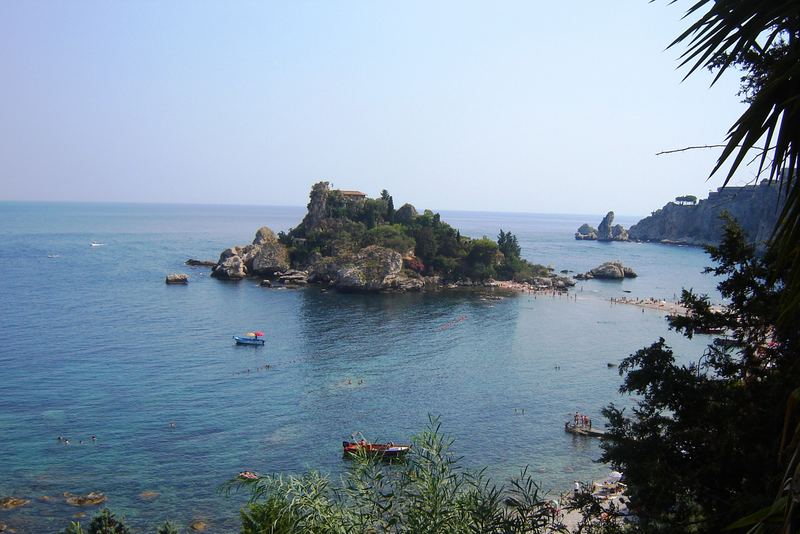 ...l' isola...bella...