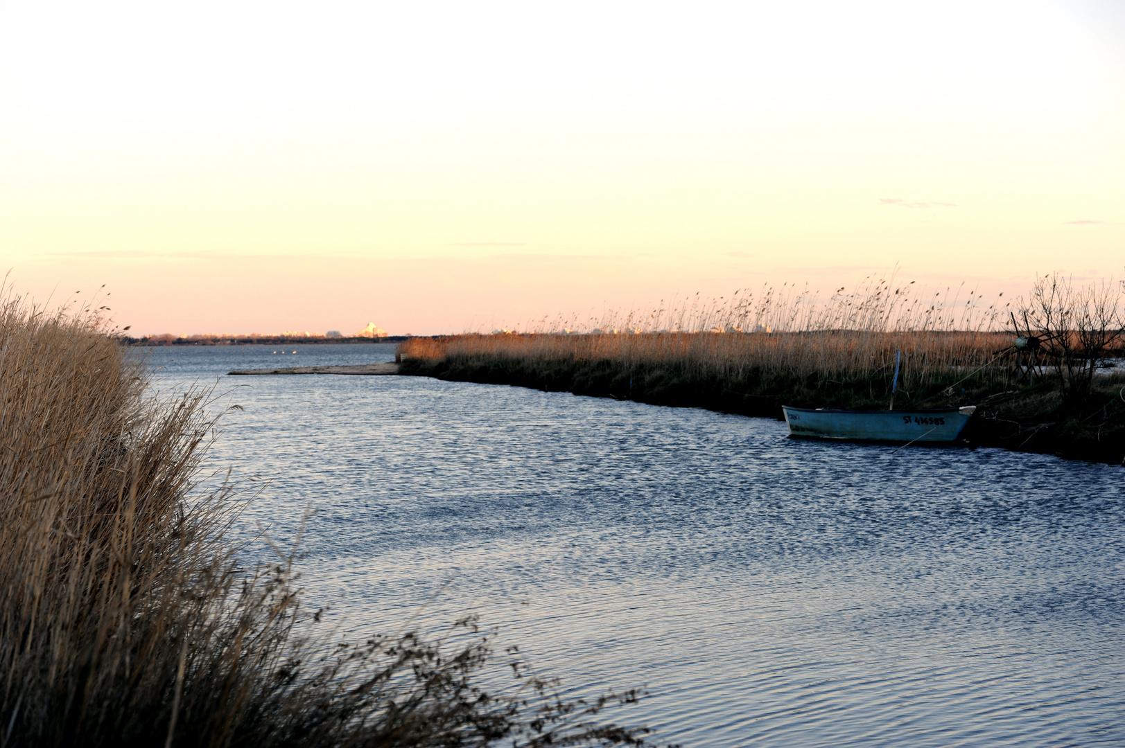 La barque sur l'étang