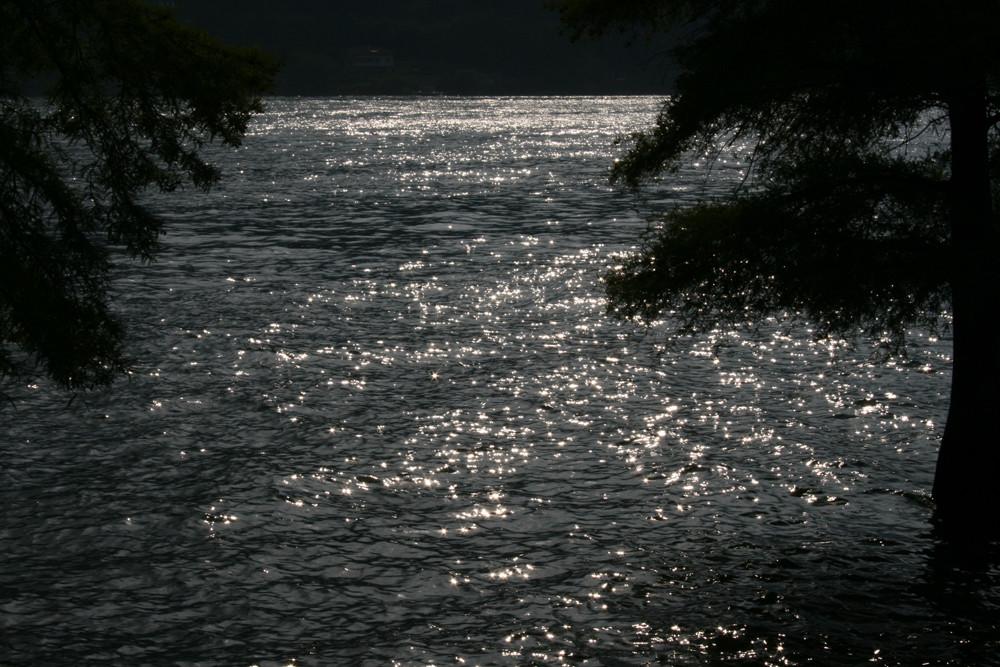 ..La brillantezza del lago..