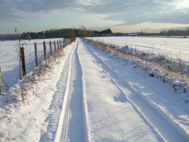la campagne melunaise sous la neige