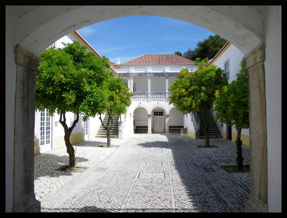 La Casa Cerca