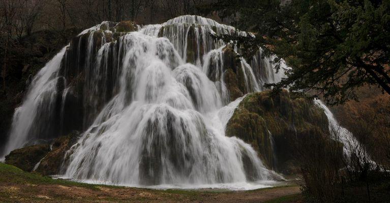 la cascade de Baume les Messieurs