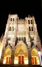 La cathédrale d'Amiens le soir 1