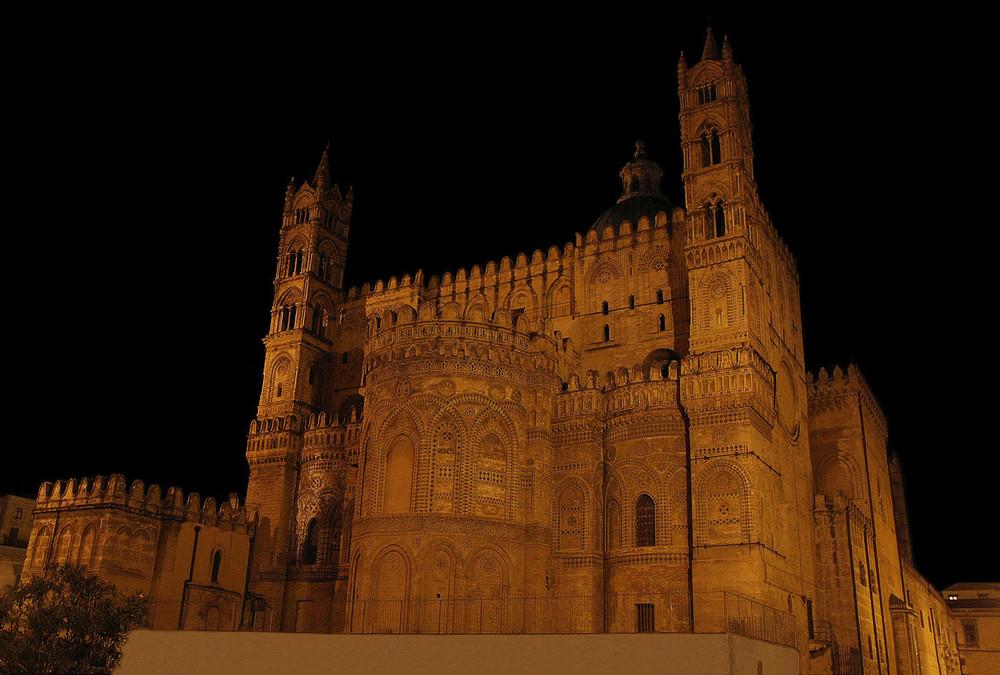 La cattedrale di Palermo - Lato est (abside esterna)