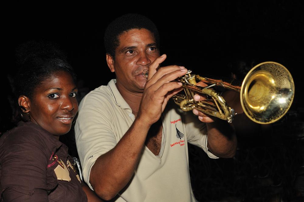 La Chica y el Trompetista