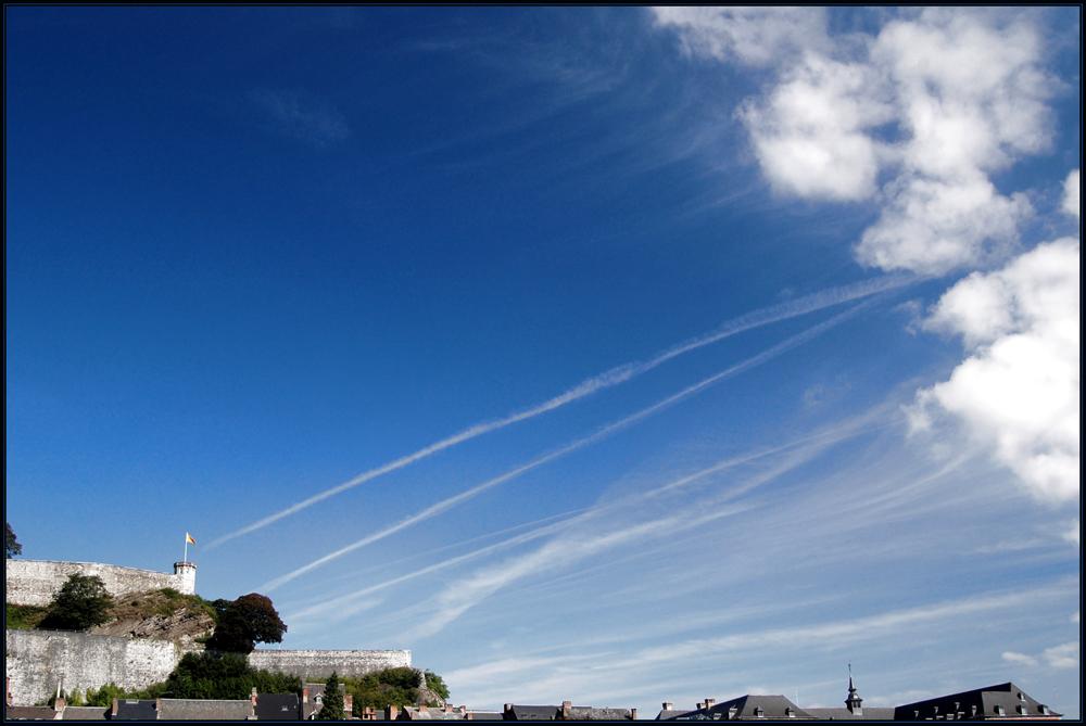 La citadelle et les nuages