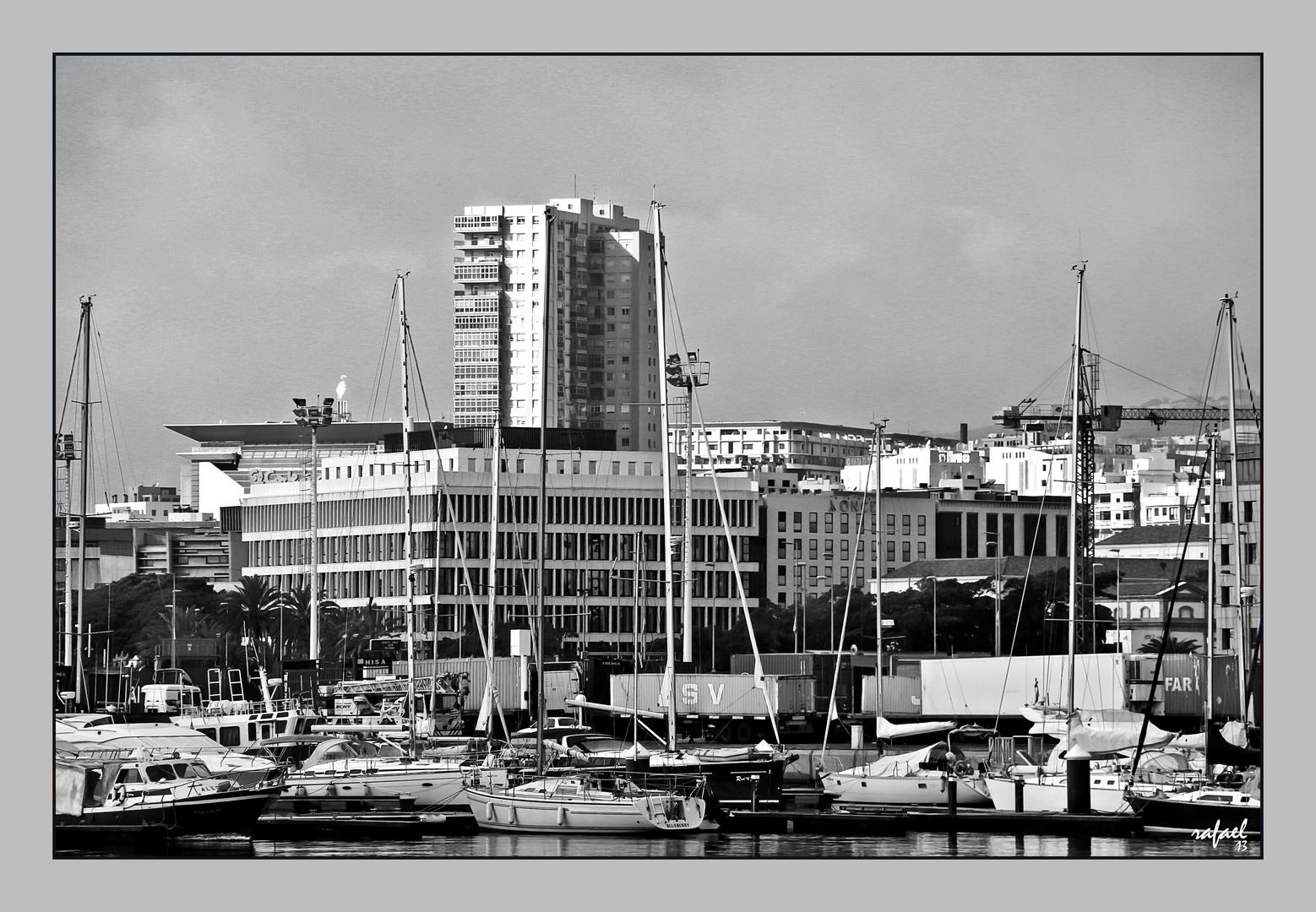 La ciudad y los barcos
