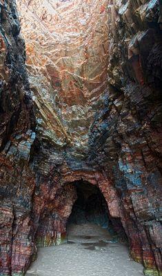 La cueva de los colores