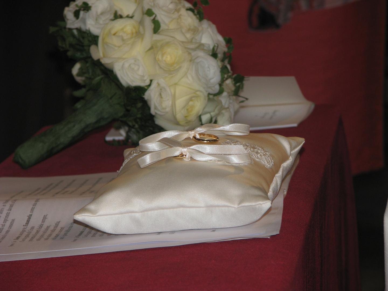 La fede eterna... auguri agli sposi