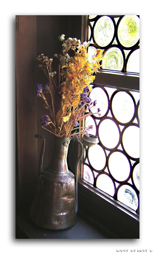 À la fenêtre / Am Fenster