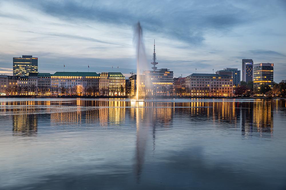 La Fontaine am Abend