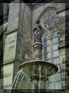 La fontaine de la Cathédrale de Cologne
