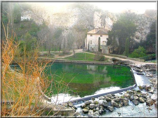 La fontaine du Vaucluse2