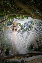 """ La fontaine"" - Frühlingsgruß aus unserem Garten"