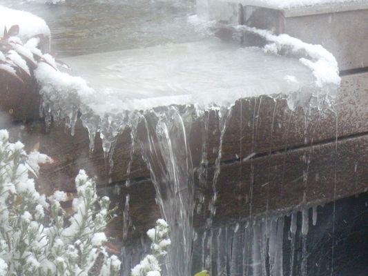la fontaine gelée