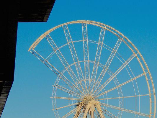 La grande roue inachevée