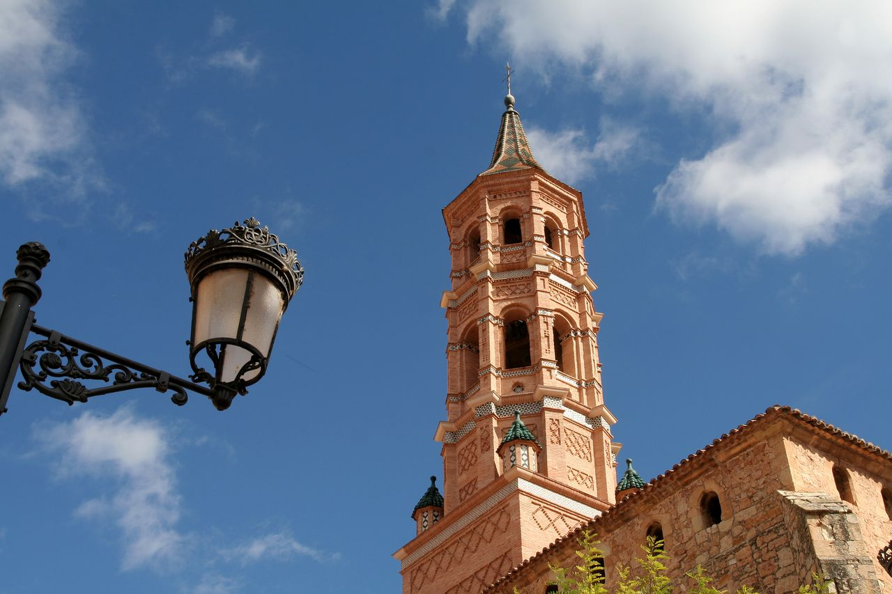 La iglesia de Monterde, de ladrillo, es de estilo mudéjar