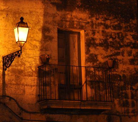 La lanterna e il balcone