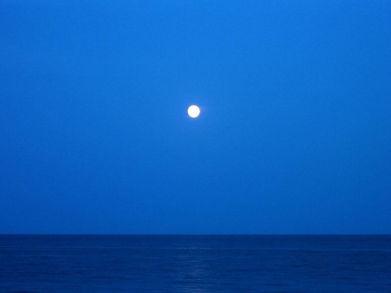 La Luna e il Mare
