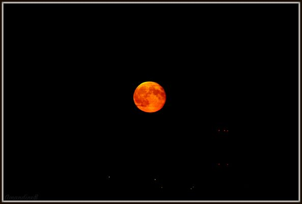 La lune brûle