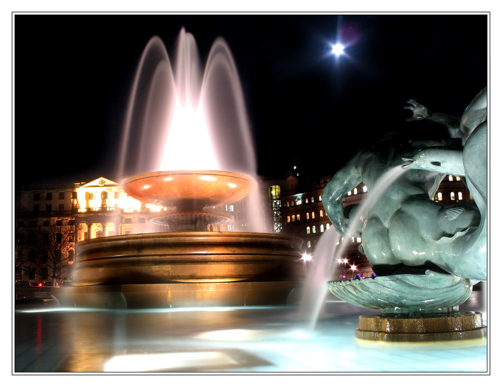 La lune in Trafalgar Square