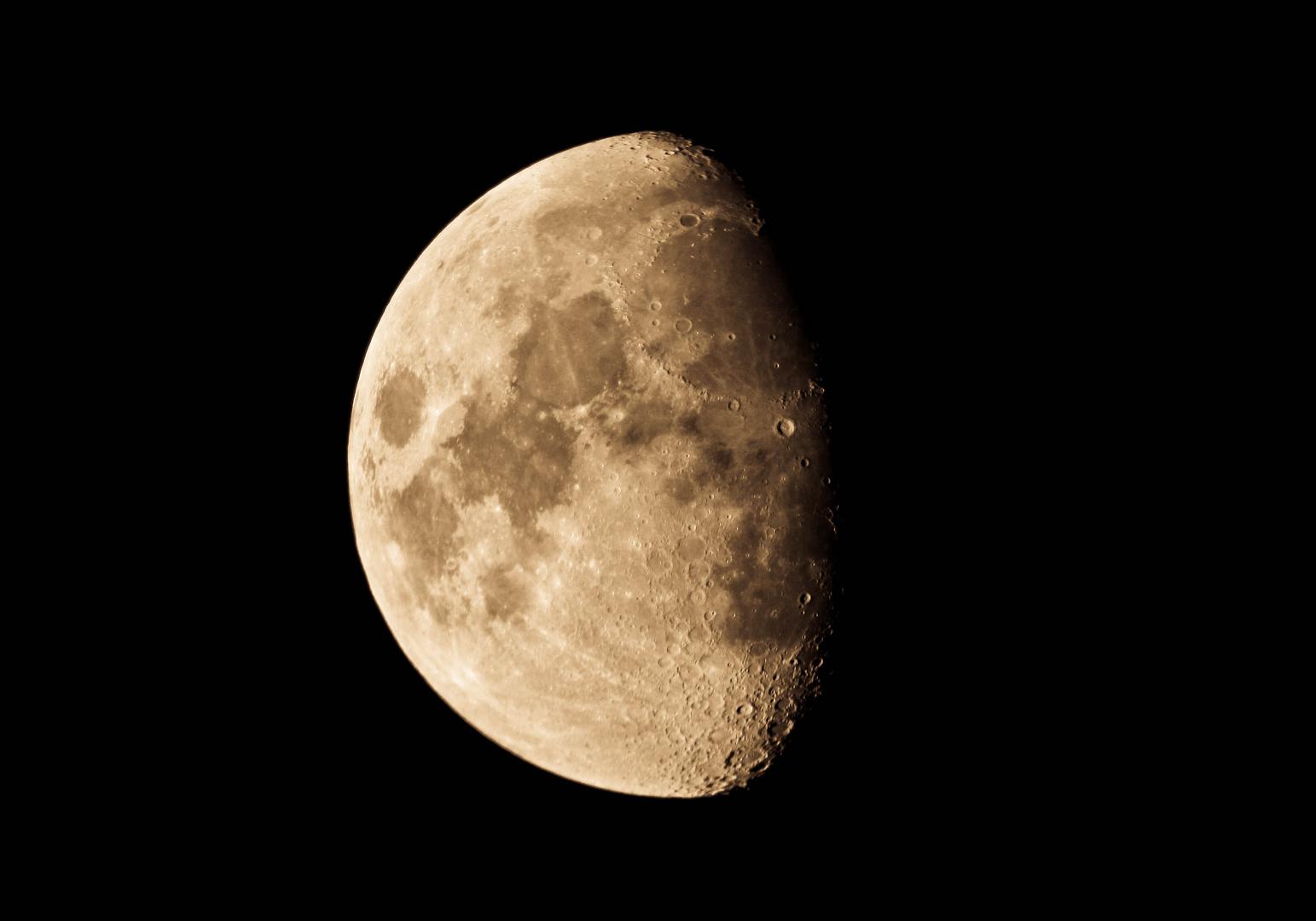 la lune un soir de printemps...