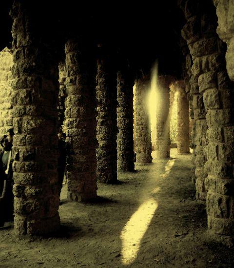 La Luz entre las Piedras