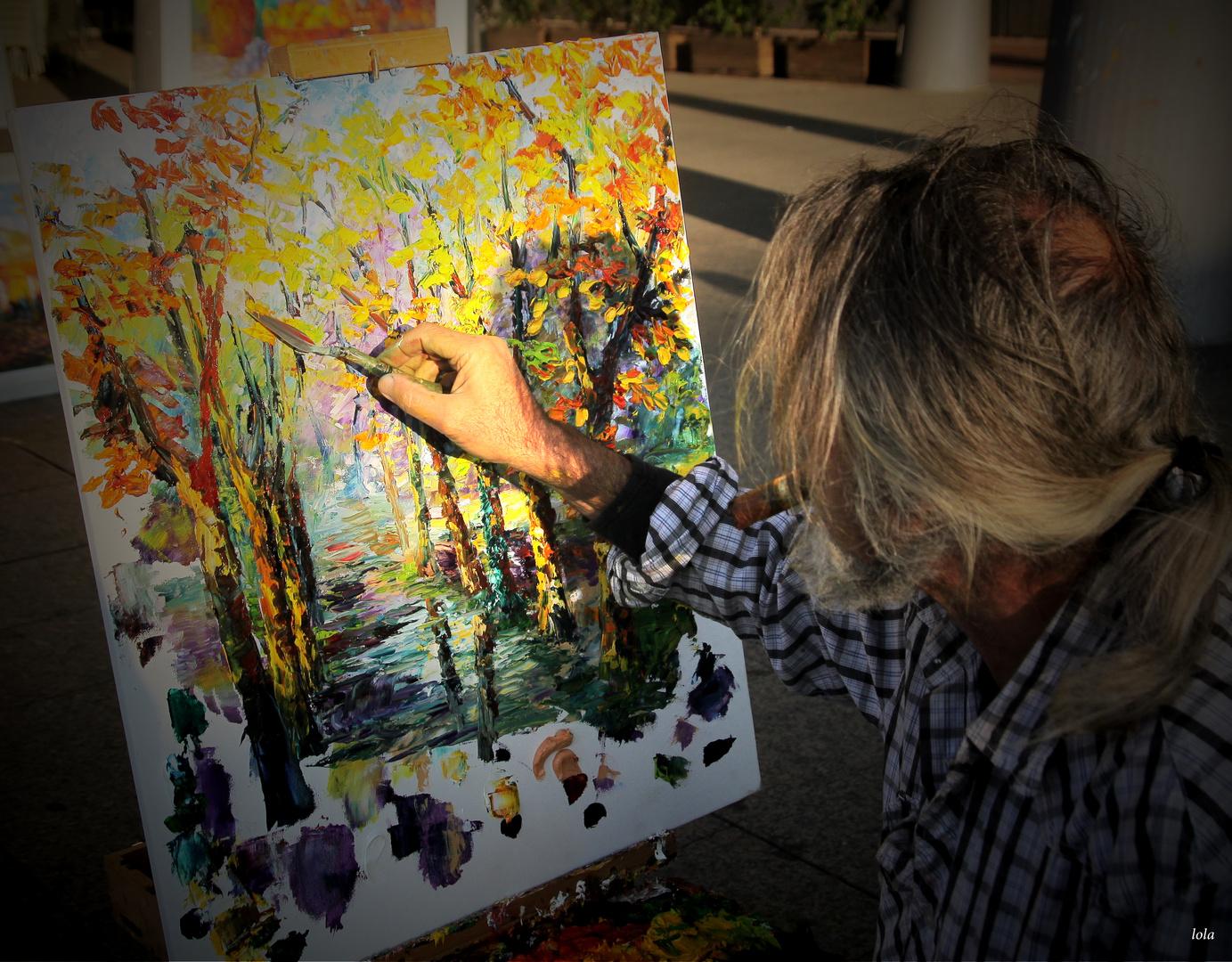 ...la mano del artista...