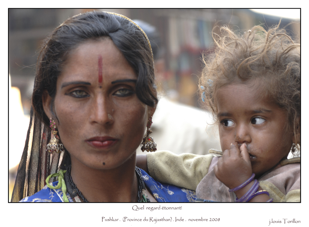 La mere et son enfant Regards Pushkar INDE