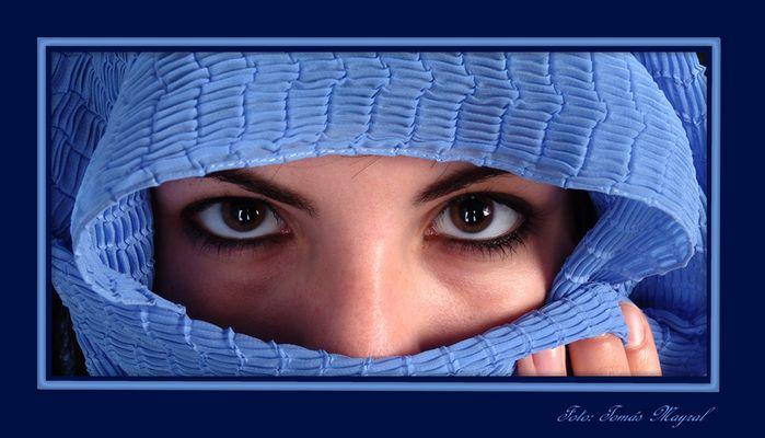 La Mirada en Azul