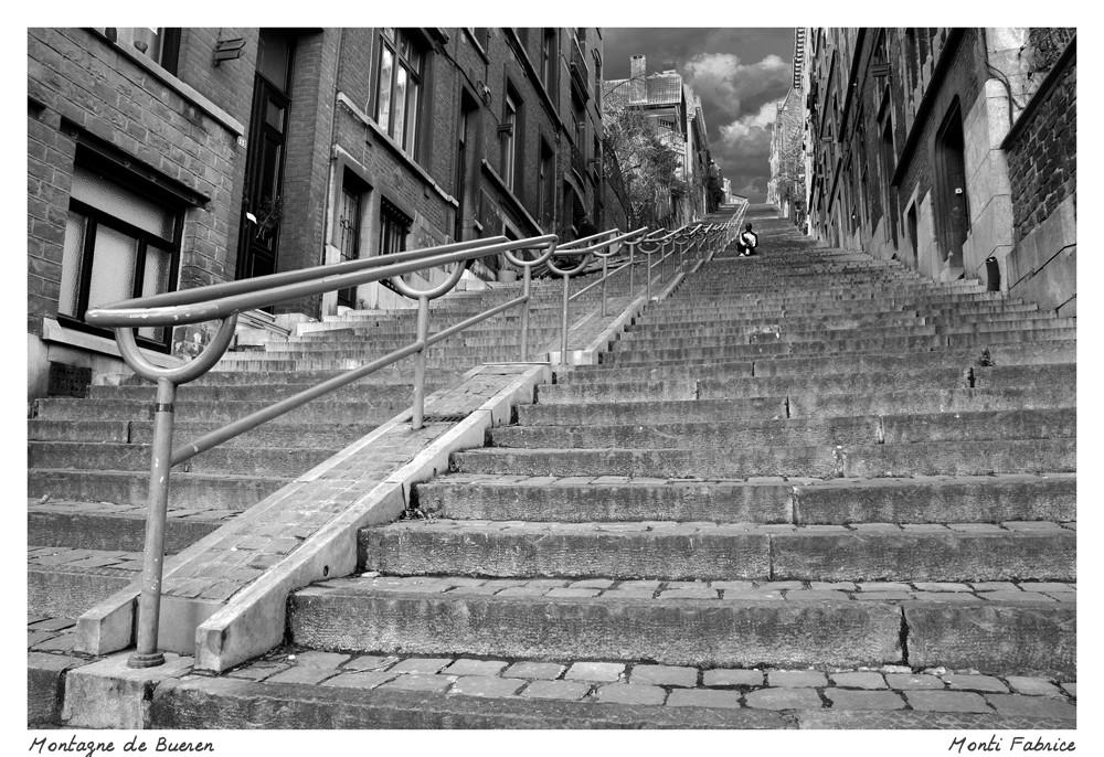 """La """"montagne de Bueren"""" lieu dit à Liège avec ces 376 marches......."""