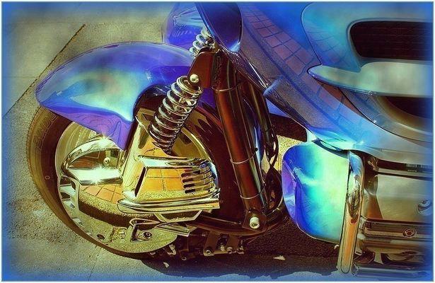 La moto bleue / 2