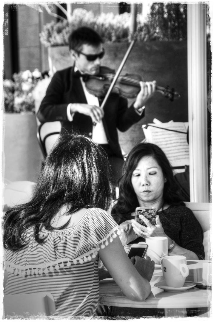 La musica e l'indifferenza...