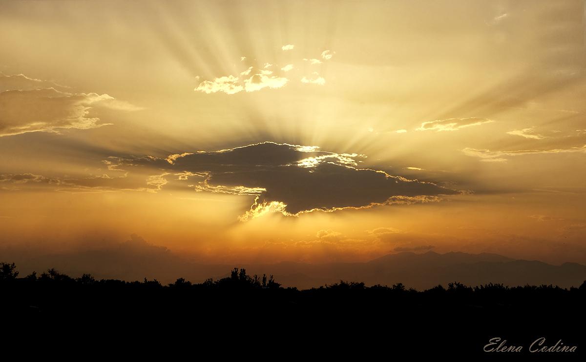 La nube se interpone al sol