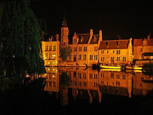 la nuit à Bruges