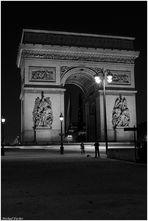 La nuit à Paris   Arc de Triomphe