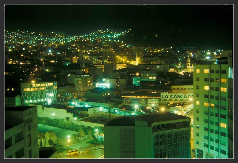 La Paz, Regierungssitz von Bolivien bei Nacht