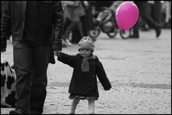 La petite fille au ballon