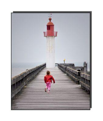 la petite fille au phare