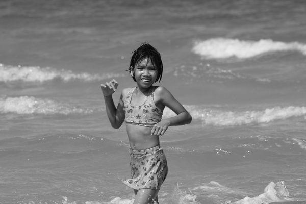 La petite fille de la plage