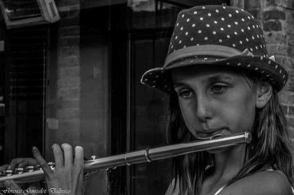 La petite musicienne.